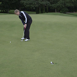 Striking the Putt